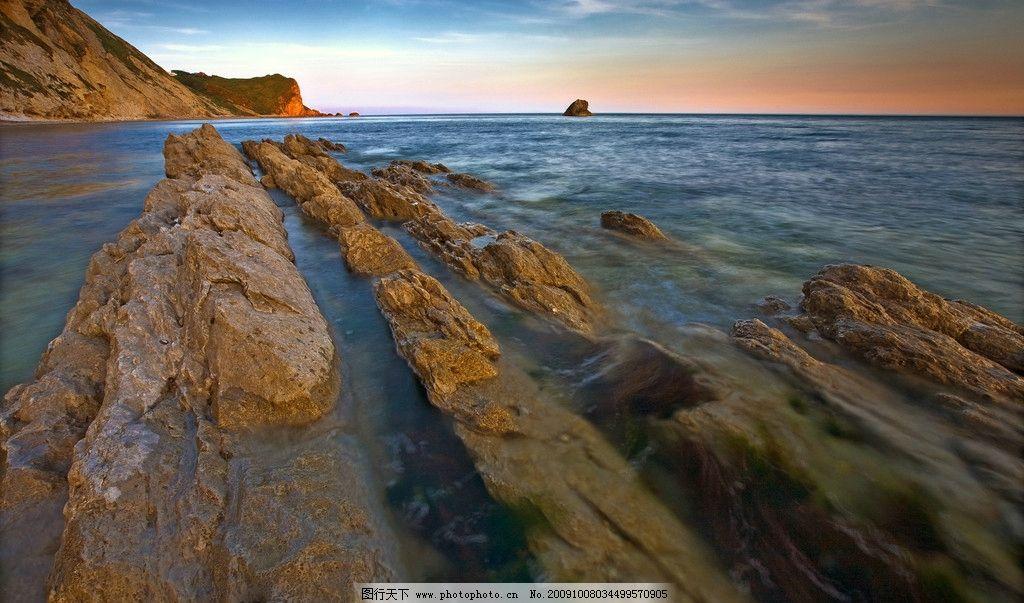 大自然风景摄影艺术 海 海水 日出 山 水流 岩石 石头 蓝天 地平线