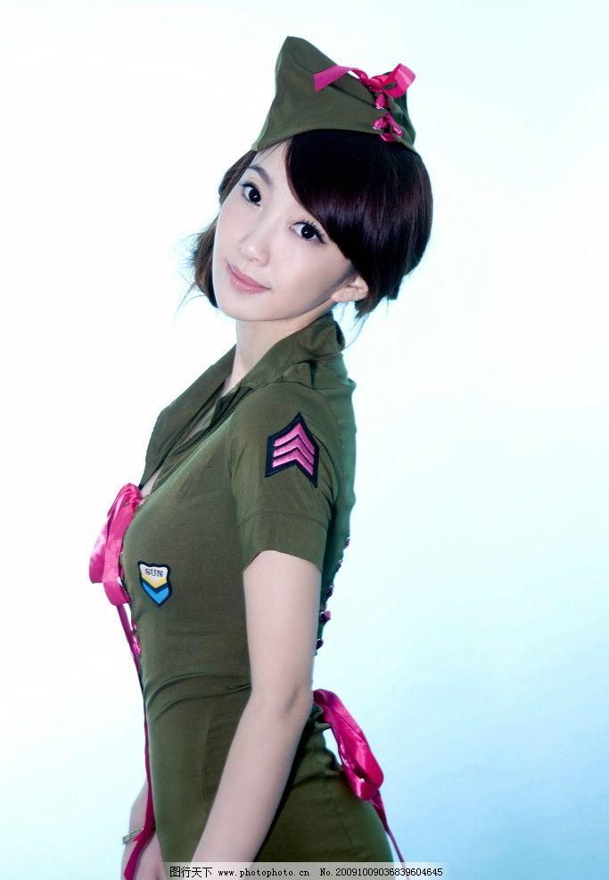 写真 模特 美女 演员 明星 圆润 唯美 少女 身材 曲线 丰满 美腿 玉足