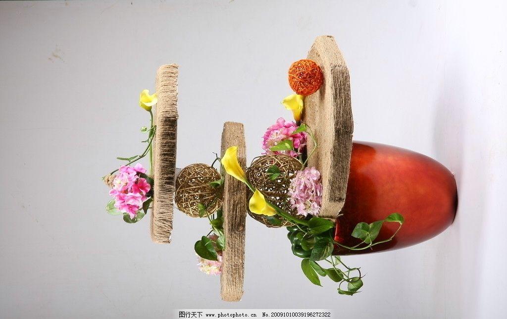 花艺 木板 黄花 红花 绿叶 绣球 其他 文化艺术 摄影 72dpi jpg