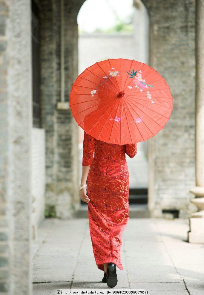 东方美女 打伞的女人 性感 喜庆 红色 女人 妇女 东方丽人 背影 摄影