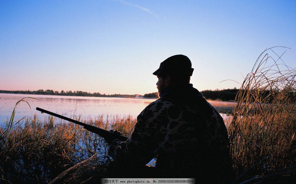 钓鱼 垂钓 黄昏 池塘 芦苇 背影 人物剪影 体育运动 文化艺术 摄影