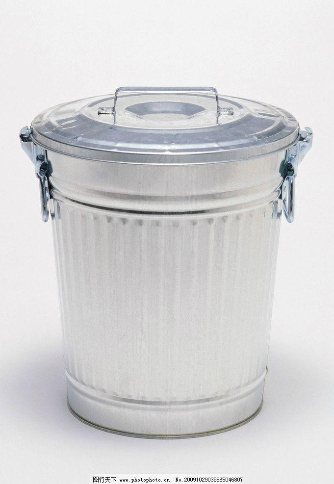 垃圾桶 水桶 塑料桶 商务素材 商务金融 摄影 300dpi jpg