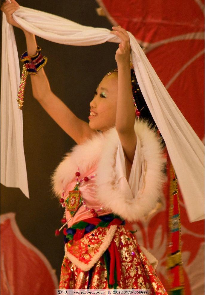 舞蹈小孩 舞蹈 小孩 舞台 儿童幼儿 人物图库 摄影 300dpi jpg