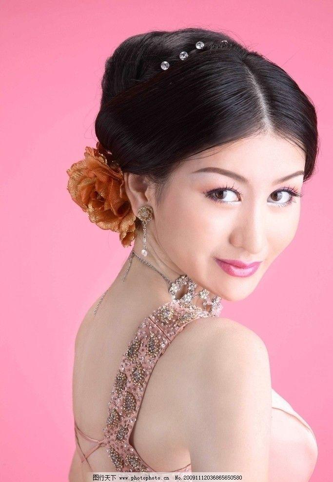 清纯性感女孩 杨雪 时装 娇羞 可爱 大眼睛 香肩 秀发 美女