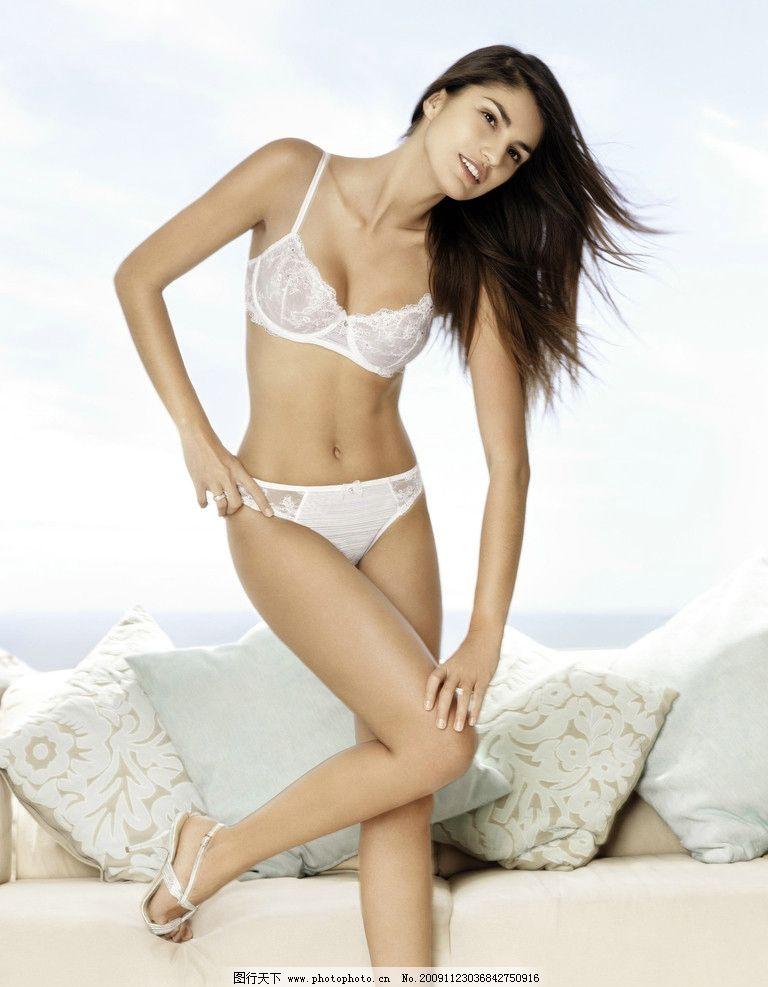 性感美女 少妇 模特 比基尼 三点式 内裤 睡衣 丰满 乳沟 泳装