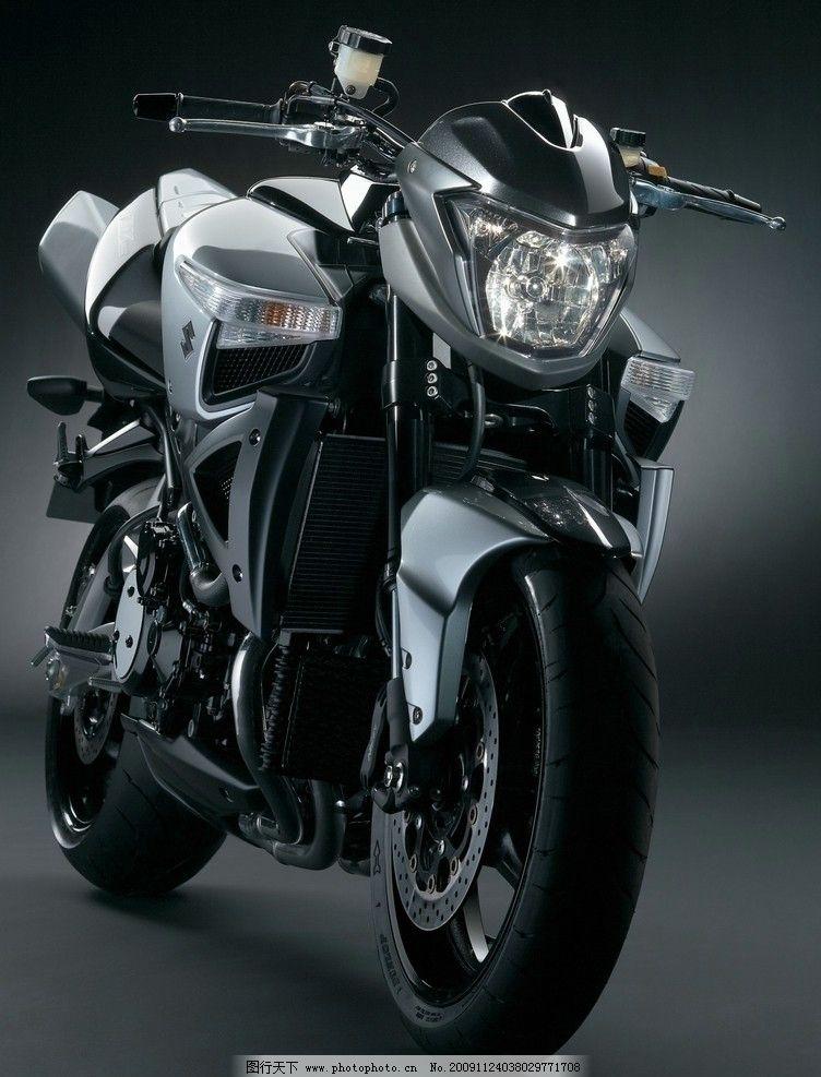铃木超级街车 铃木 摩托车 街车 b king 超级摩托 交通工具 现代科技