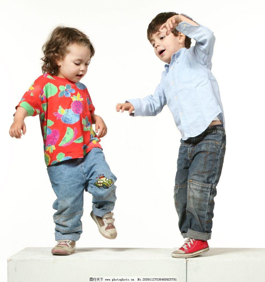 小孩子图片,儿童 国外儿童 学生 玩耍 人物 高清图片