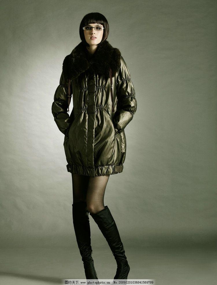 时尚冬装美女图片