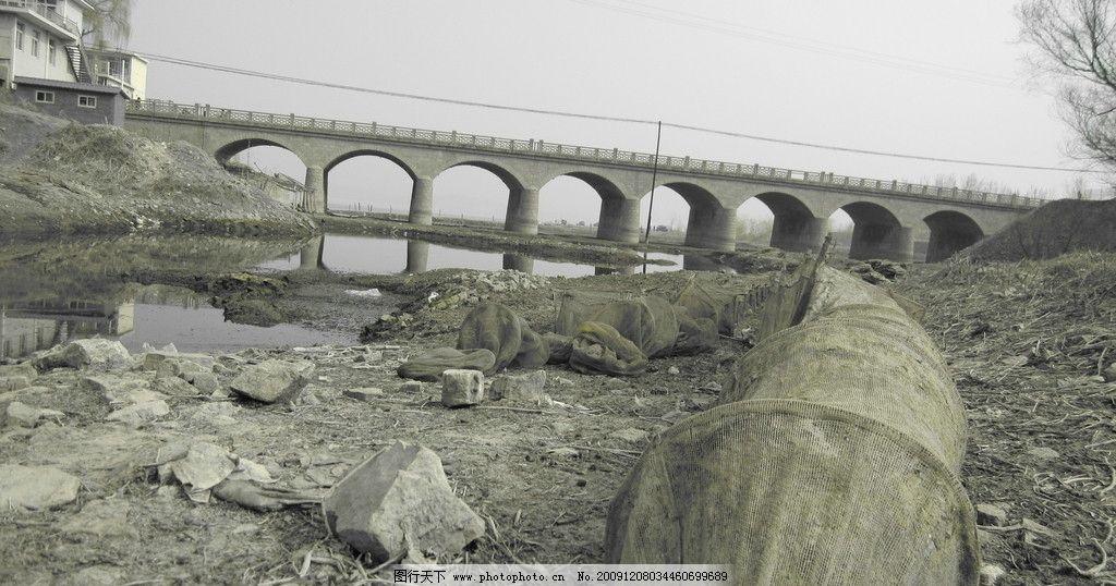 渔网 河水 桥 单色 翠屏湖 山水风景 自然景观 摄影 180dpi jpg