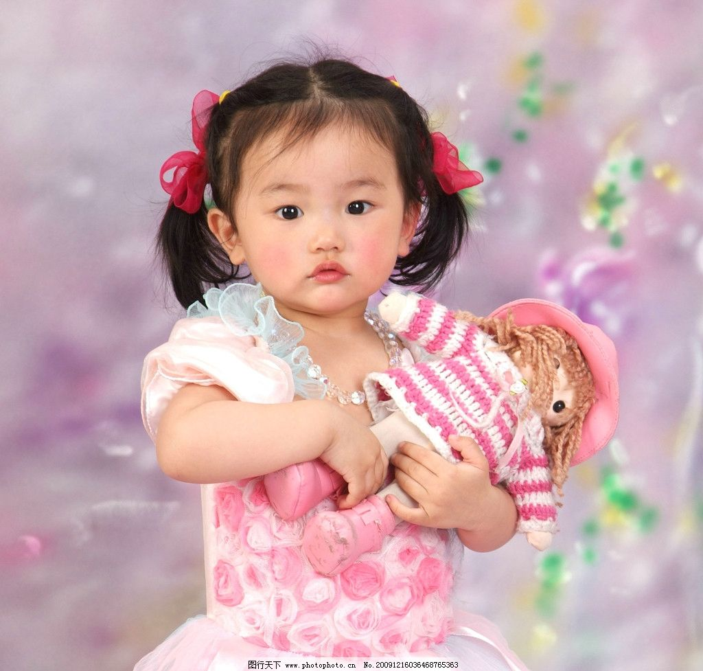 可爱幼童 人 幼儿 女幼童 幼稚 婴孩 bb 宝贝 健康 成长 活泼 动作